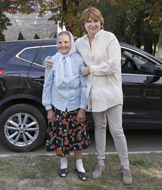 Лариса Садилова с Евдокией Ивановной Боровиковой